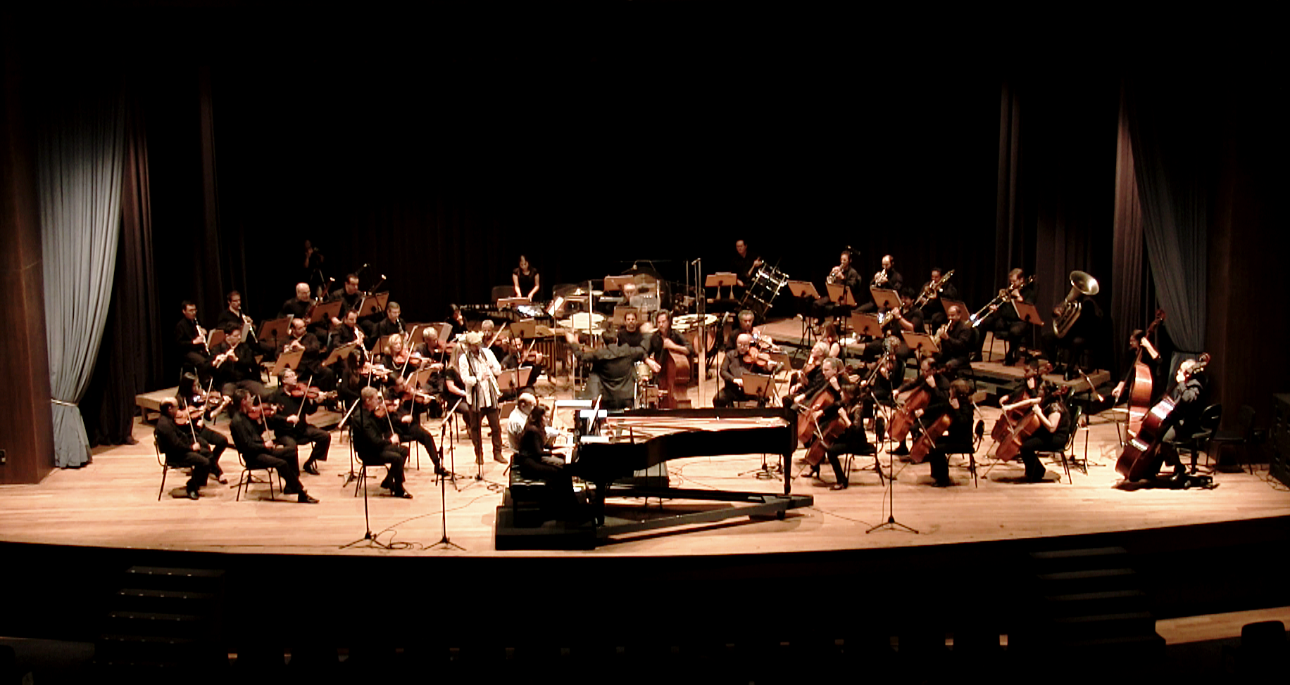 Rafael Piccolotto de Lima conducting UNICAMP Symphony Orchestra in a concert dedicated to his music. Campinas, São Paulo, Brazil.