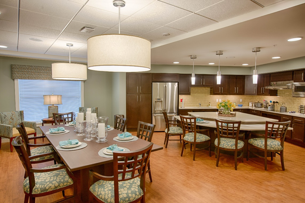 The Branches offers a family dining room where residents can celebrate birthdays and holidays and connect with friends and loved ones. Photo courtesy of David Udelsman.
