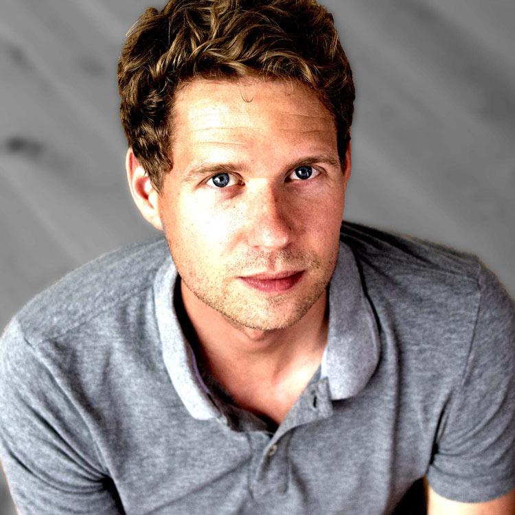 Philipp Mayerhofer, Geschäftsführer