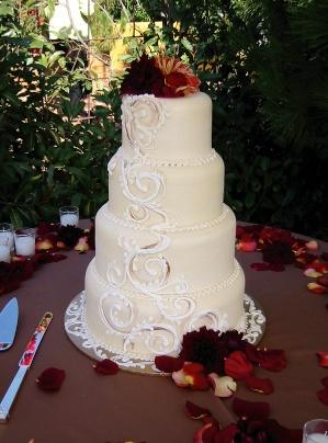 dahlia cake.jpg