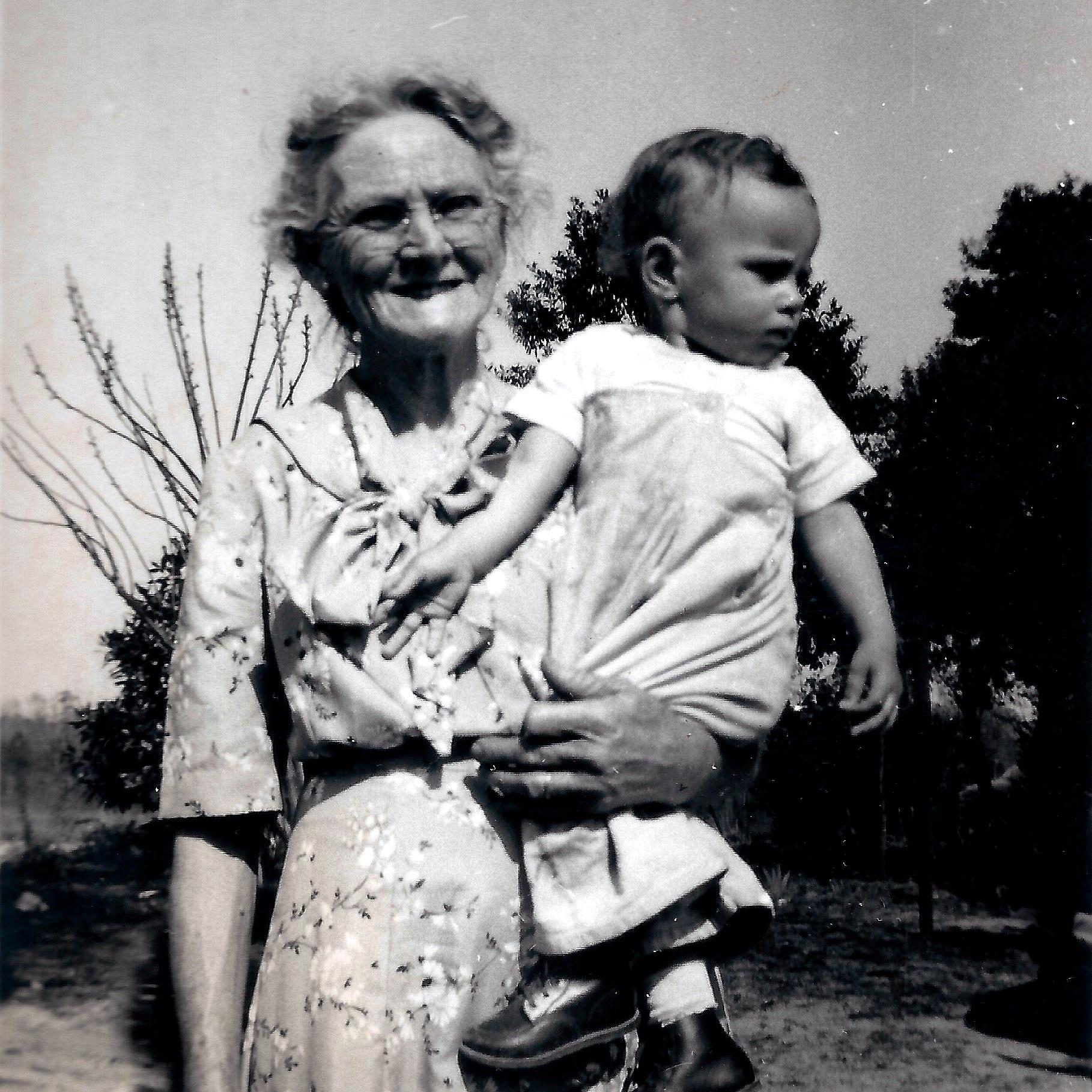 Julia Belle Young Sinclair 1881-1974