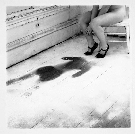 Francesca Woodman:Untitled, Providence, Rhode Island 1976