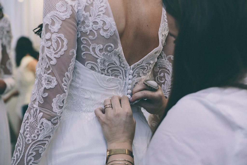 Anna Campbell Bridal Sizing and Alterations for your Wedding Dress
