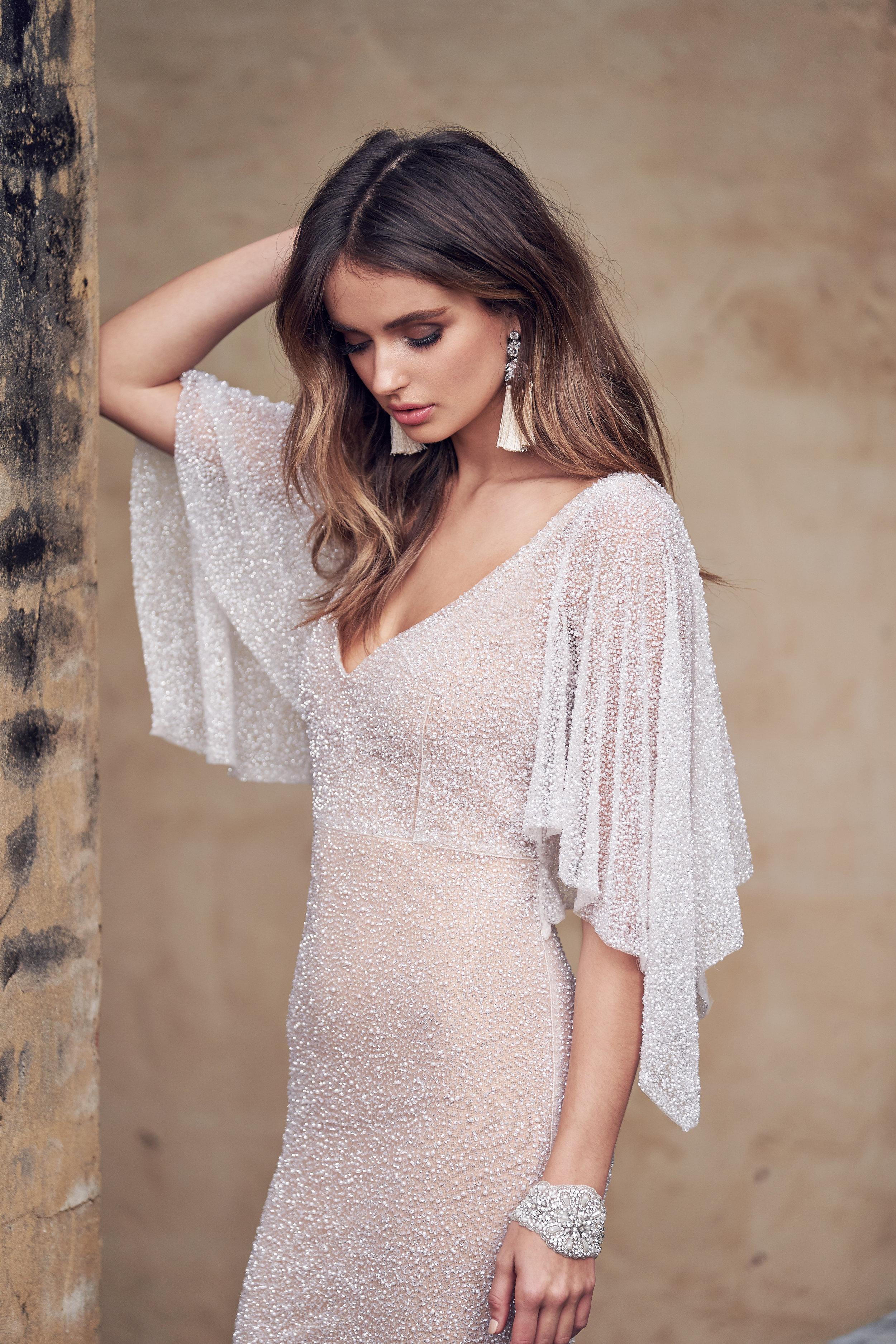 DRESS | WANDA DRAPED SLEEVES