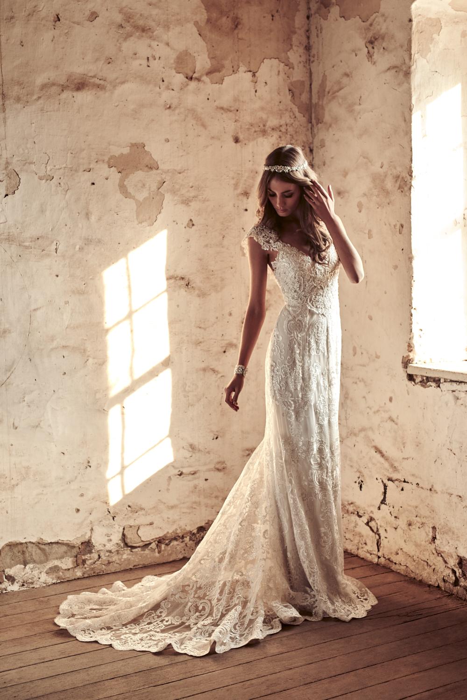 Alyssa-Dress_FittedSkirt_Eternal-Heart-Collection-4.jpg