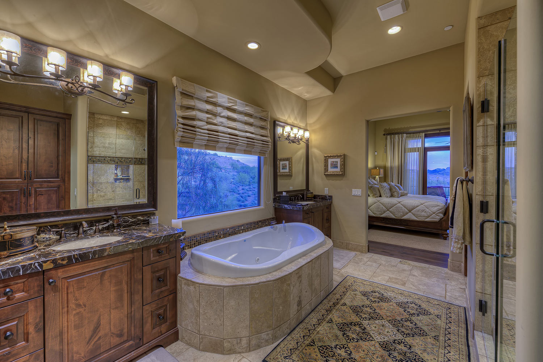 016_Master-Bedroom-and-Bath.jpg