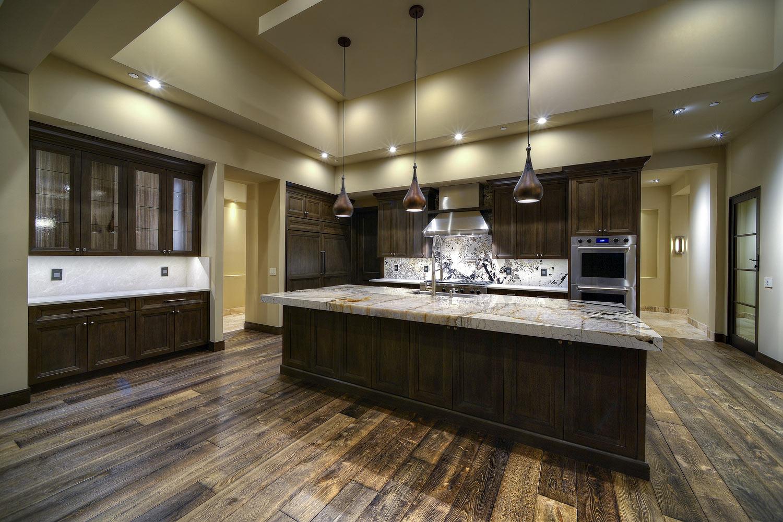 025_Kitchen-.jpg