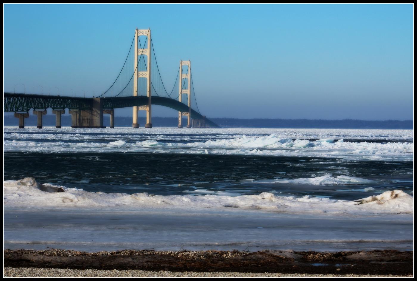 Mackinac-Bridge-March-2016.jpg