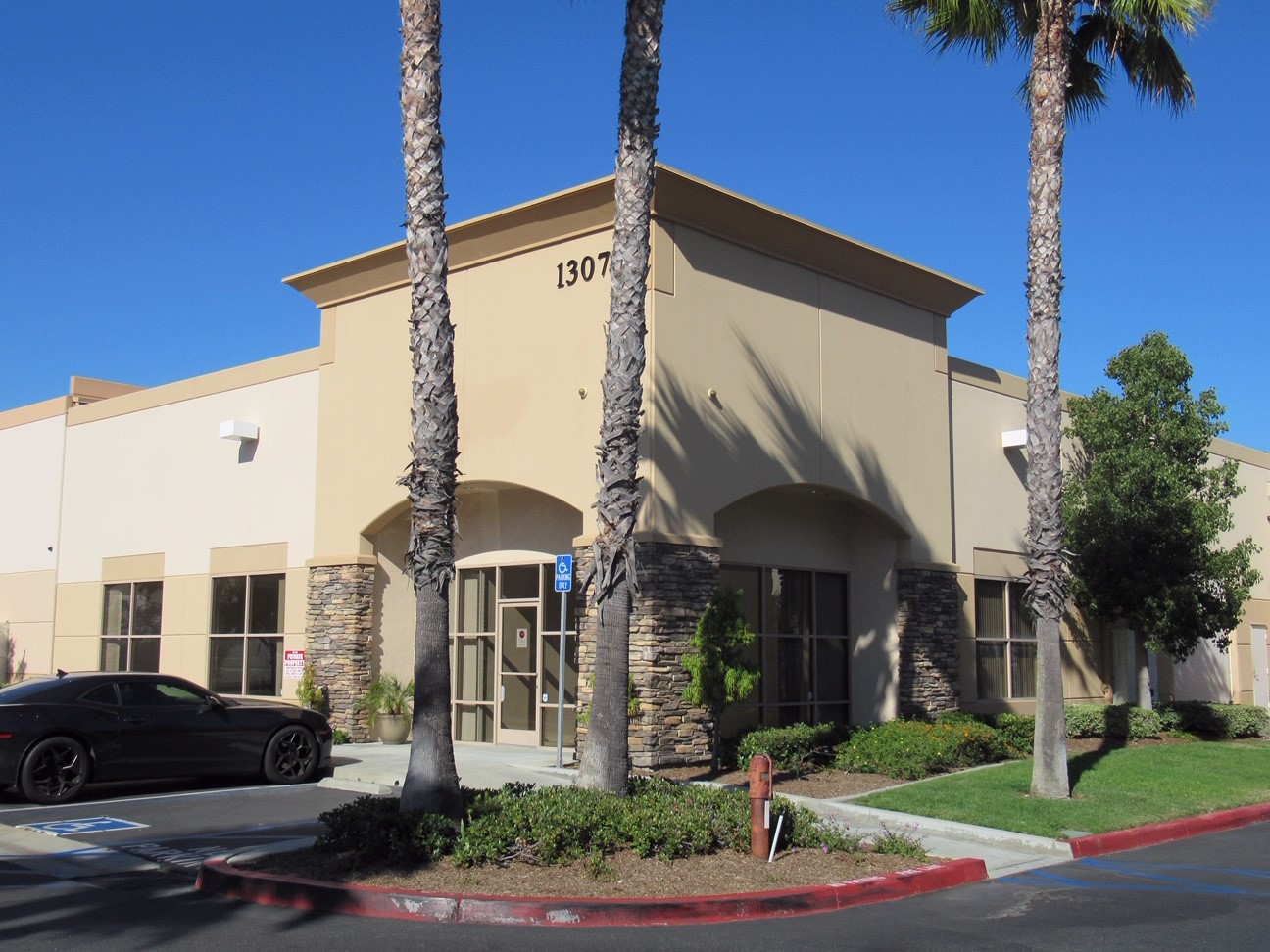 1307 Calle Avanzado • San Clemente • 4,106sf Industrial Building • 1,256sf Office • 2,850sf Warehouse • For Lease