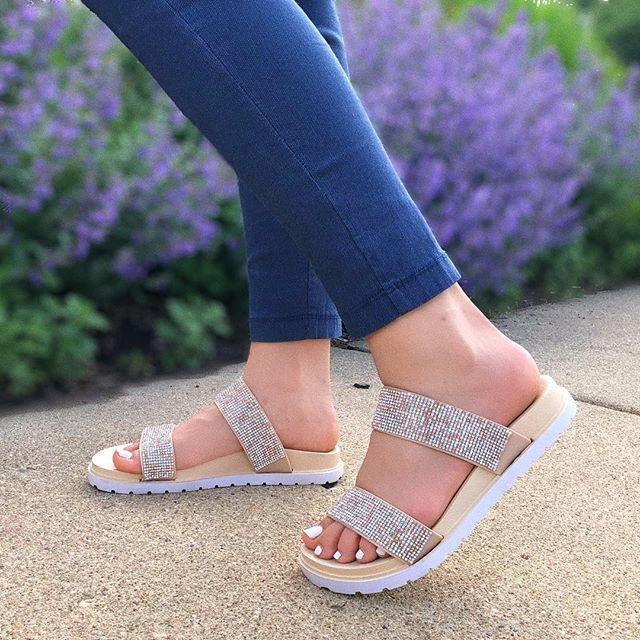 Add these to your summer rotation ☀️🕶👙✨ #LovShoes #ShoeGang #ShoeAddict #ShoeGame #ShoesOfTheDay #ShoePorn #ShoeLover #InstaShoes #ShoeFreak #ShoeObsessed #Shoeaholic #ShoesOfInstagram #summer2k18 #sandals #Shoesday #wortheverystep