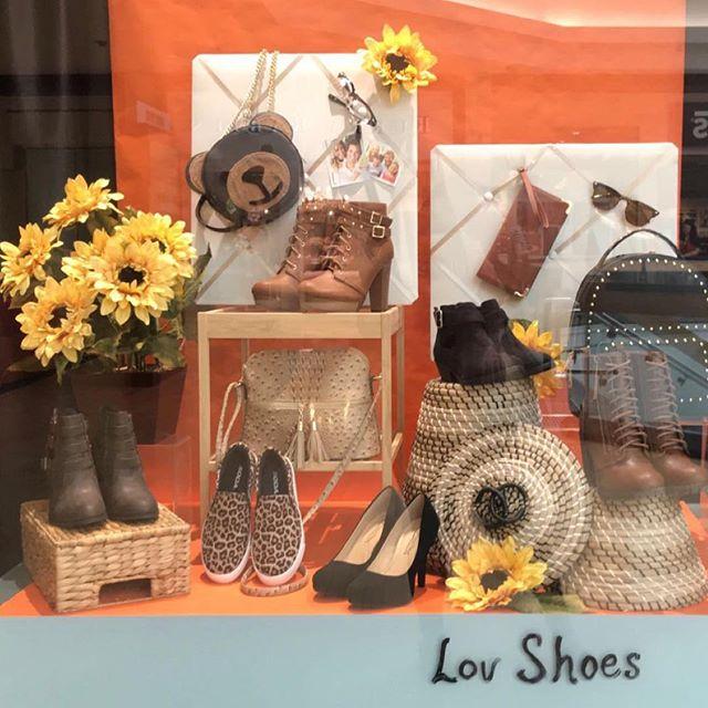 Start the year off in style 📝📚🏫 #LovShoes #ShoeGang #ShoeAddict #ShoeGame #ShoesOfTheDay  #ShoeLover #InstaShoes #ShoeFreak #ShoeObsessed #Shoeaholic #ShoesOfInstagram #backtoschool #schoolgirl #schoolflow #firstdayofschool