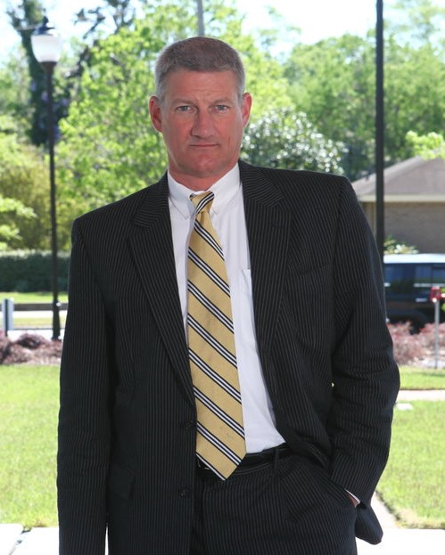 Glenn Barfield   Glenn has extensive experience in advising local businesses as well as litigating complex civil disputes. His practice emphasizes drafting and negotiating commercial transactions and other general corporate and business law matters.    See Glenn's Full Bio