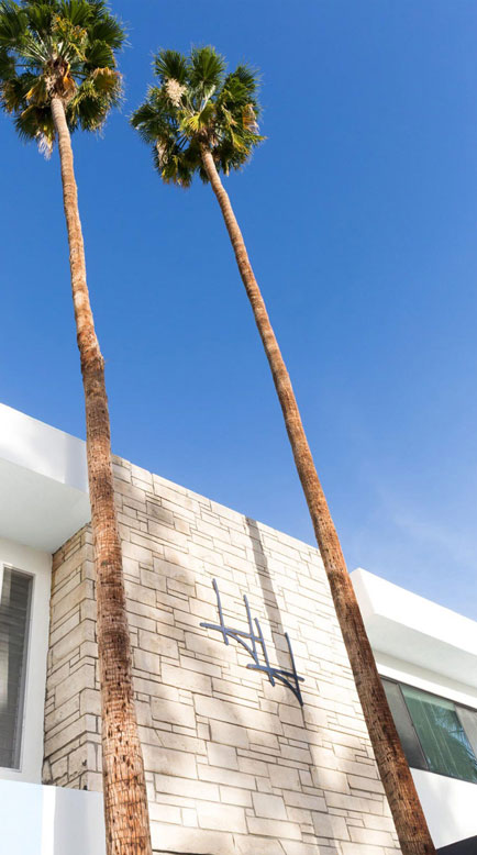HOLIDAY HOUSE - PALM SPRINGS, CA
