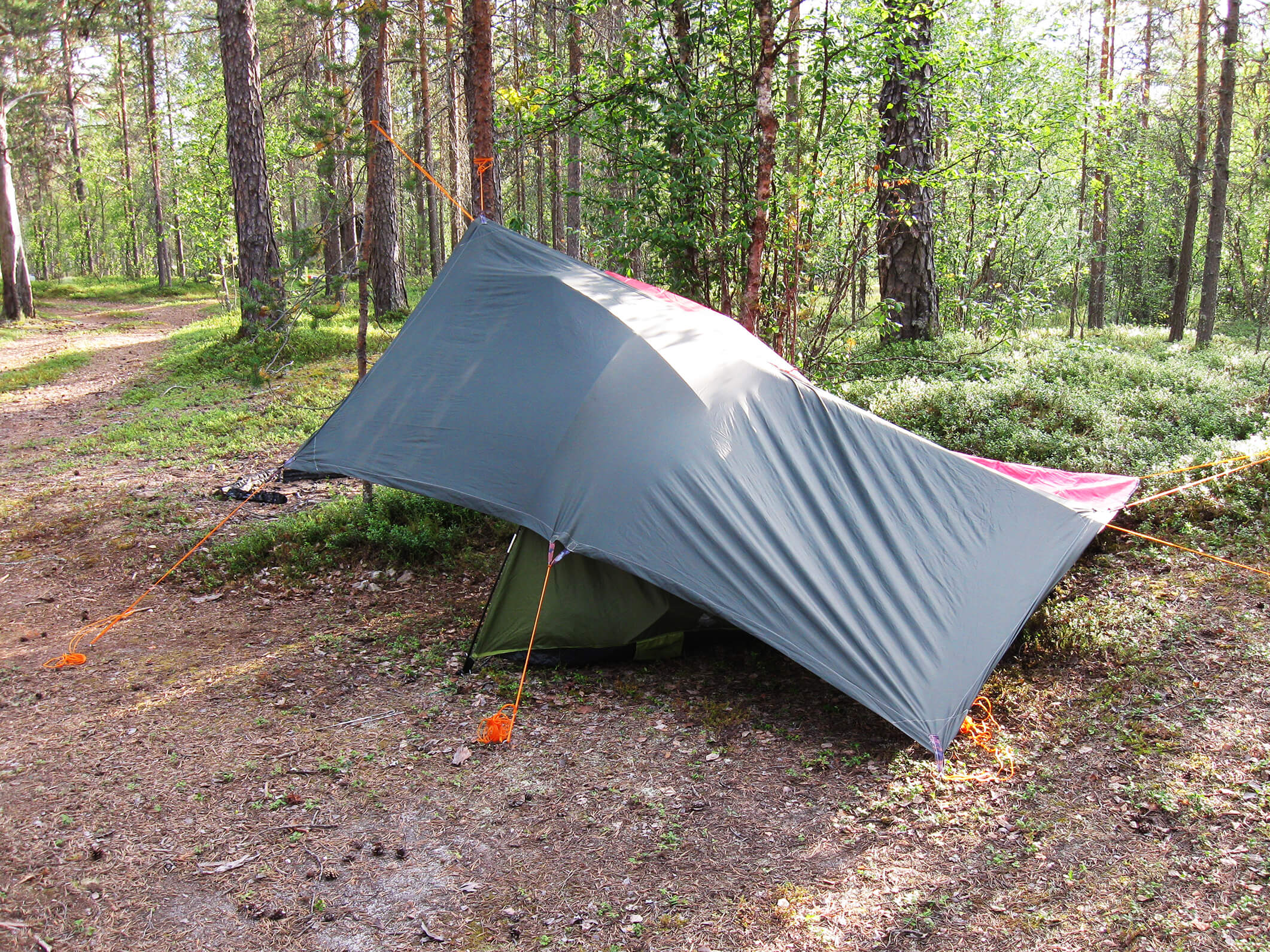 how to set up a tent while camping in the rain