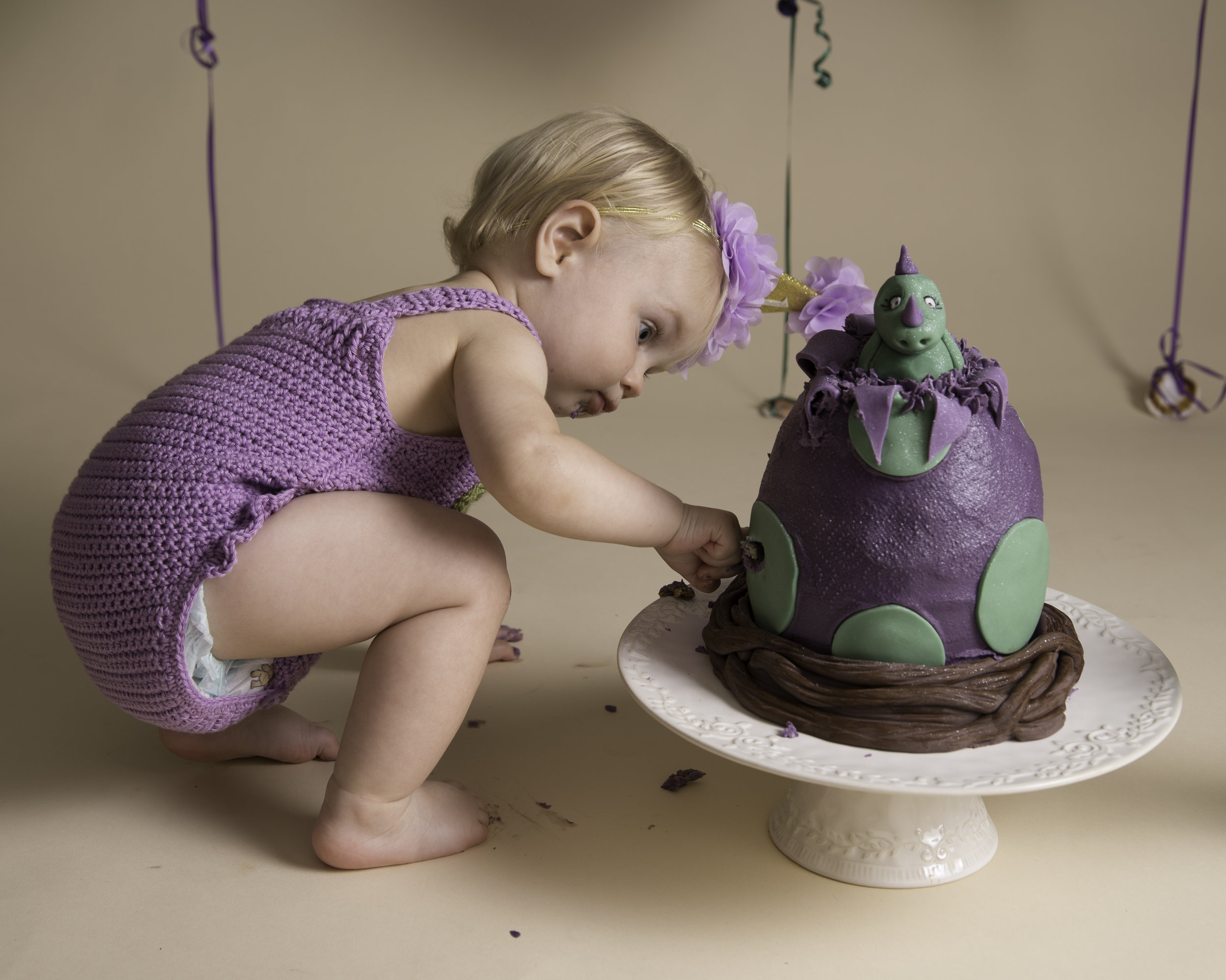 Ipswich_Suffolk_Cake_Smash_Splash_Photography_konjo_photography (6).jpg