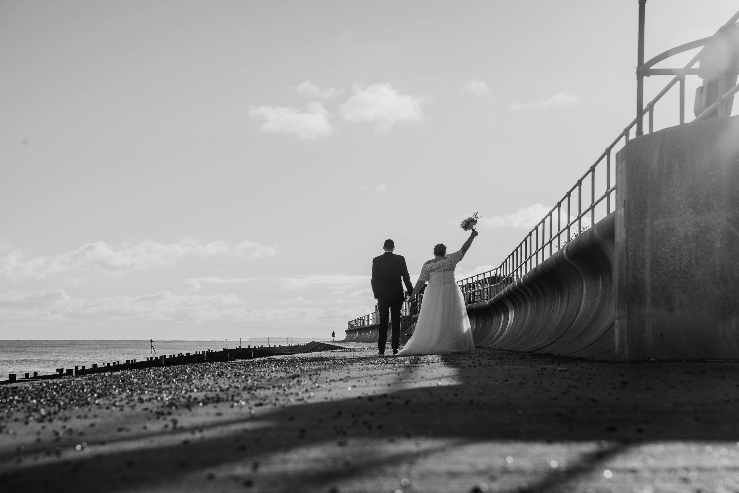 suffolk-wedding-photographer-felixstowe-orwell-hotel-34.jpg