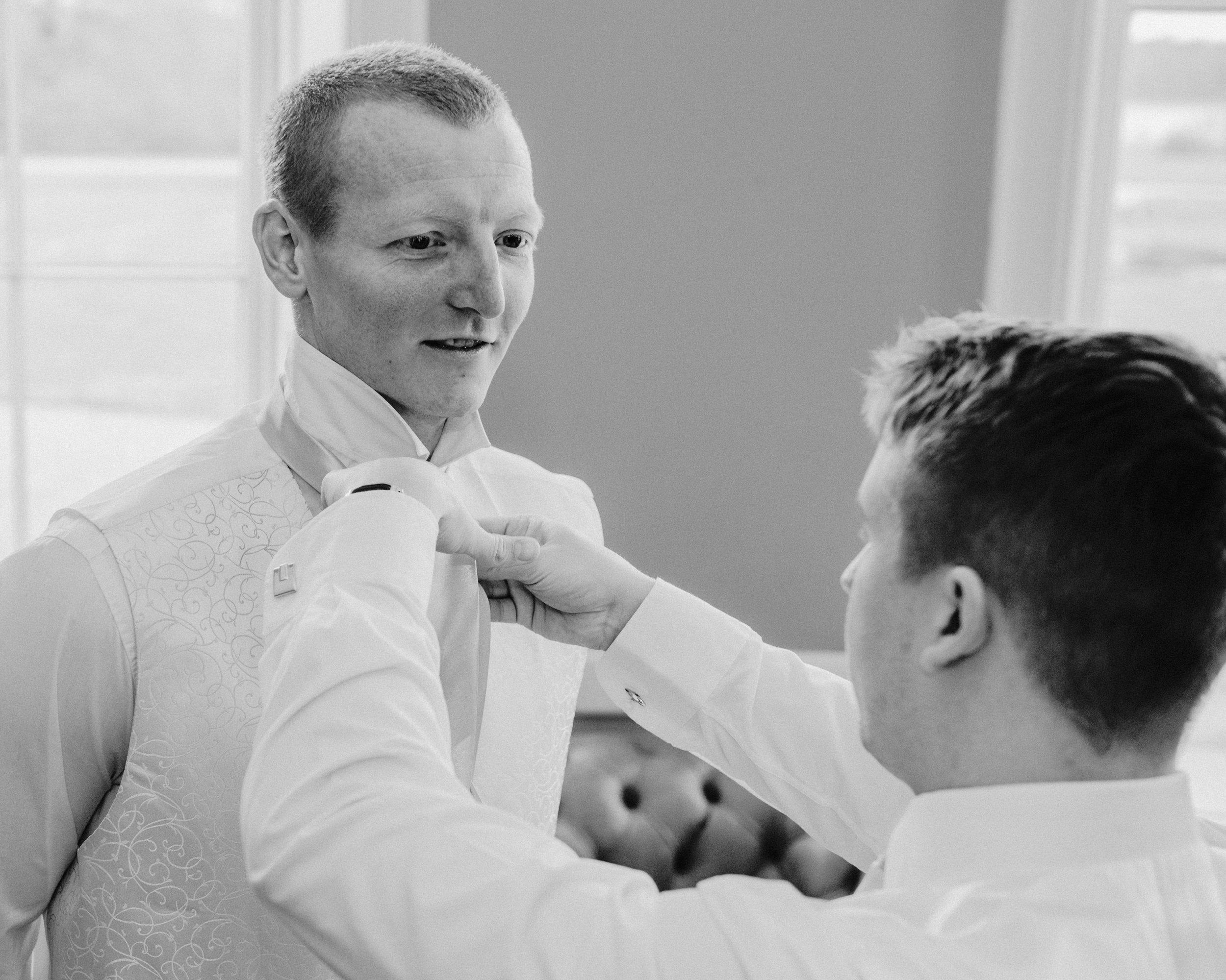 Woolverstone_Hall_Suffolk_Wedding_photography (17).jpg