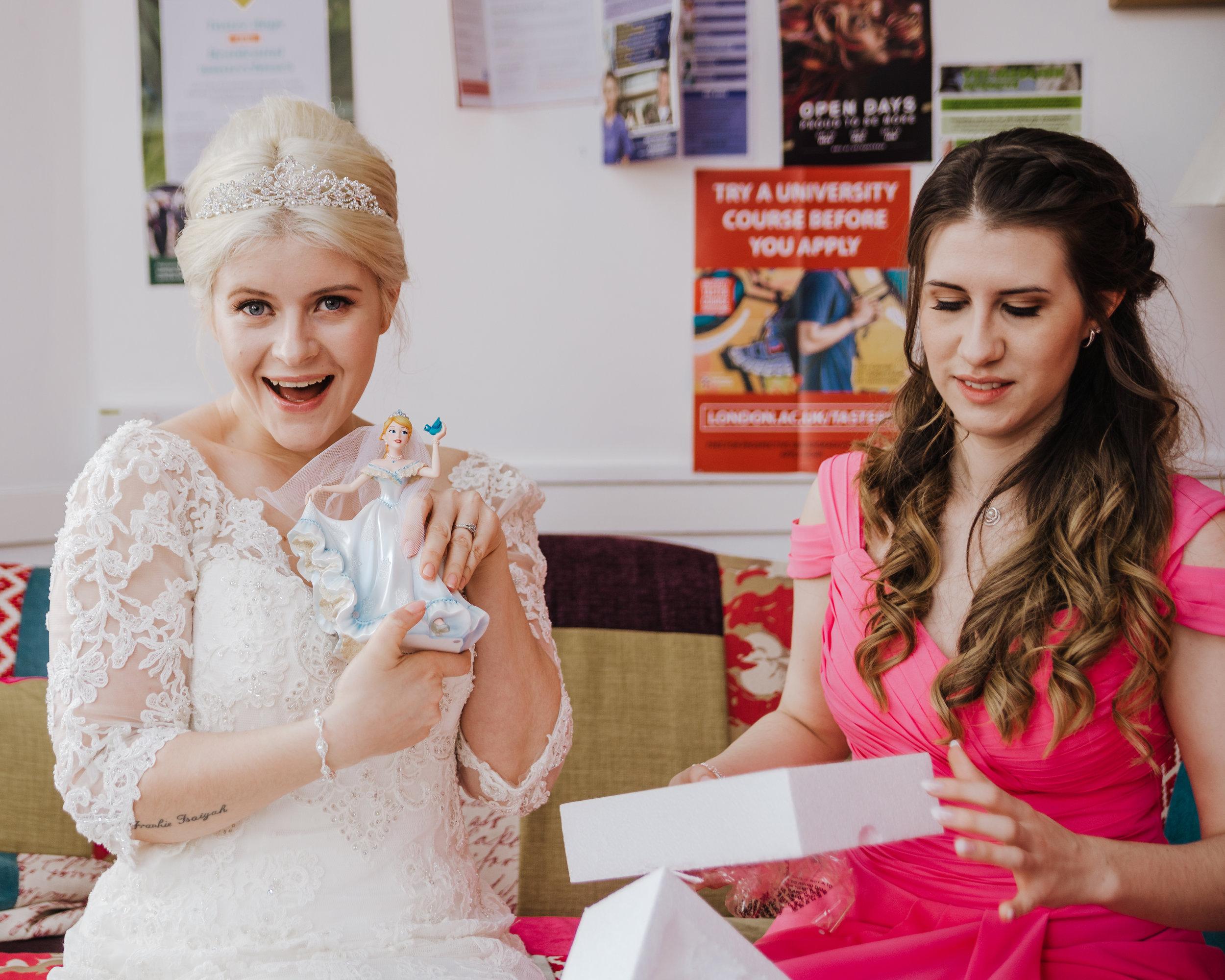 Woolverstone_Hall_Suffolk_Wedding_photography (28).jpg