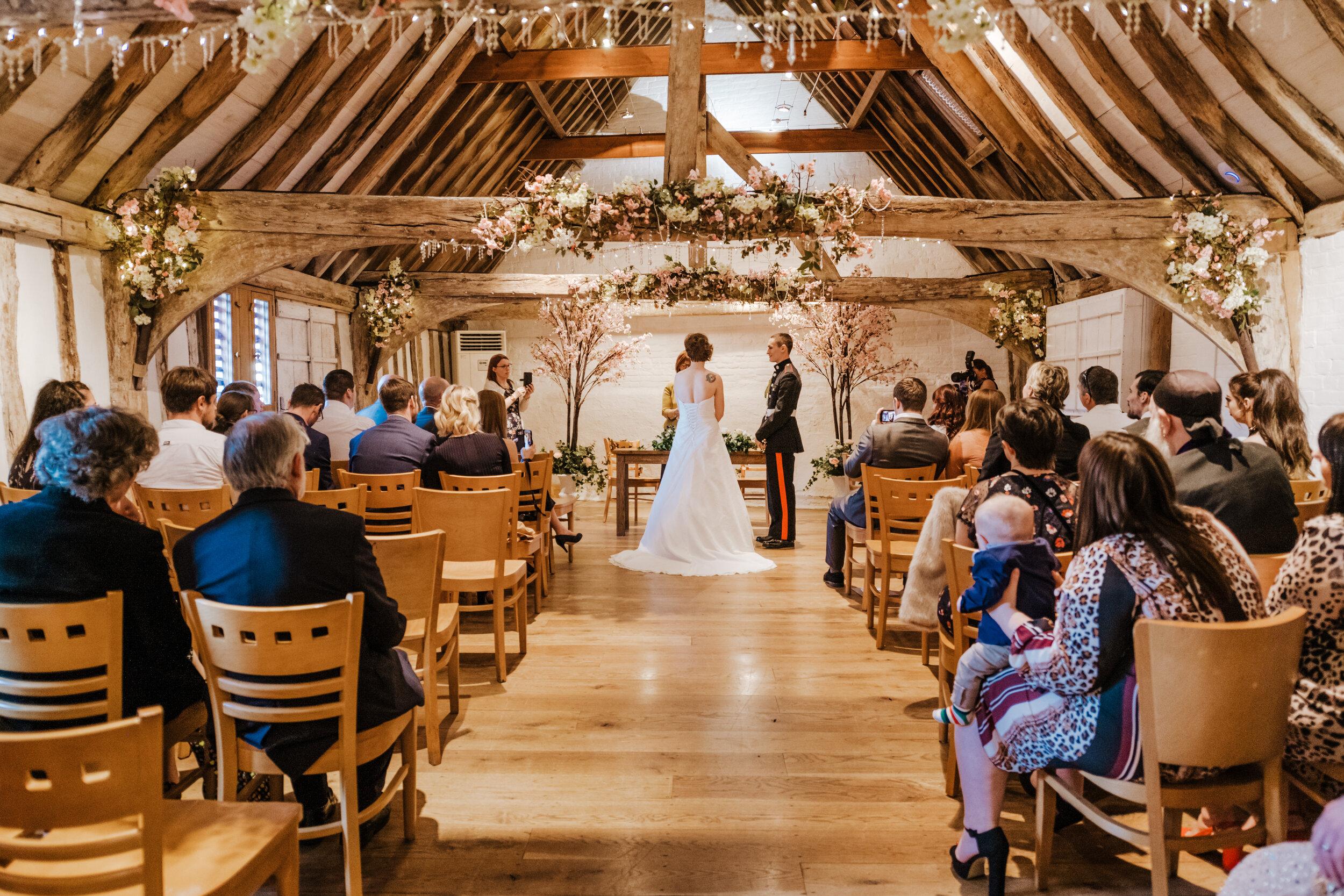 SUFFOLK_WEDDING_PHOTOGRAPHY_ISAACS_WEDDING_VENUE_WEDDINGPHOTOGRAPHERNEARME_iPSWICHWEDDINGPHOTOGRAPHER (39).jpg
