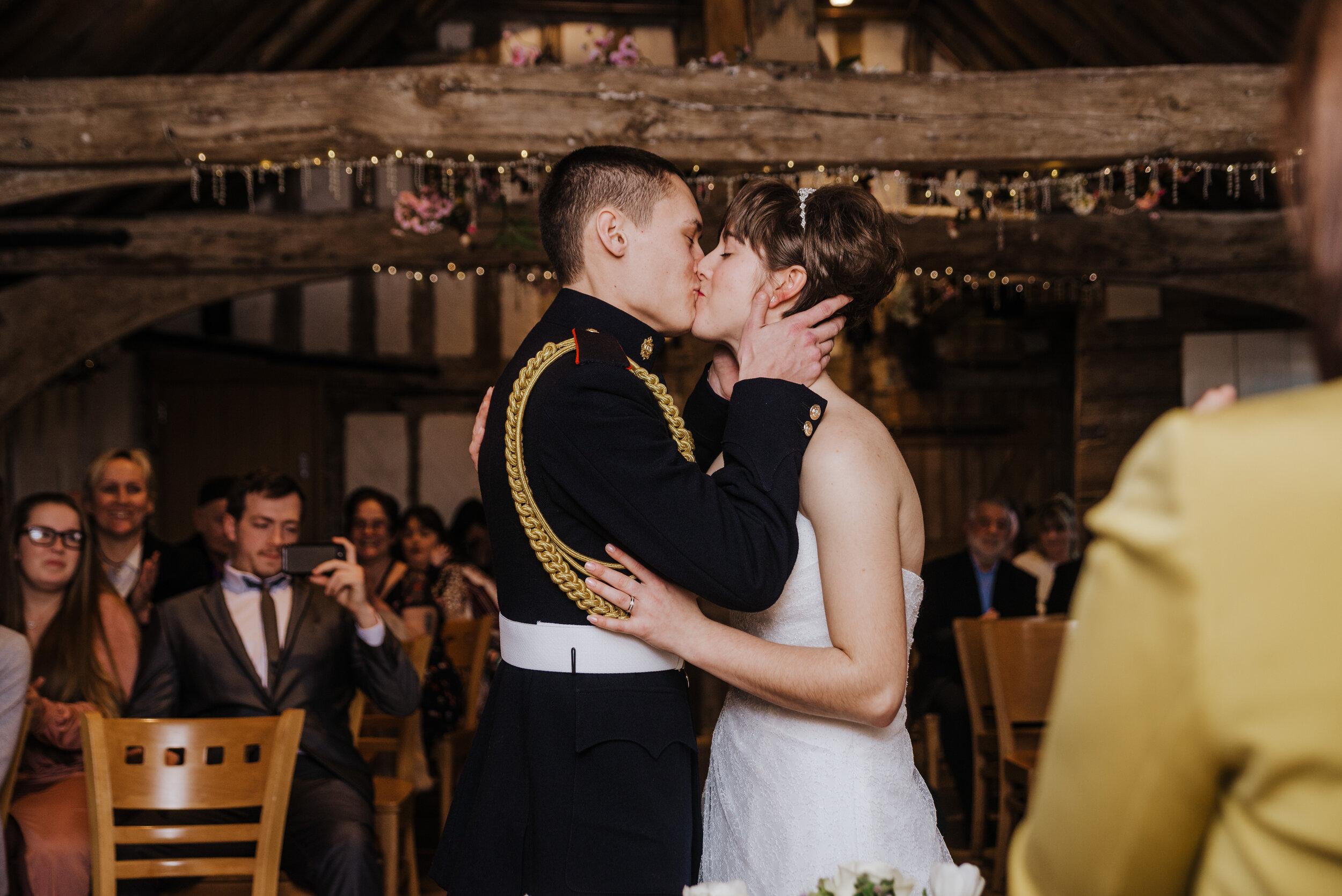 SUFFOLK_WEDDING_PHOTOGRAPHY_ISAACS_WEDDING_VENUE_WEDDINGPHOTOGRAPHERNEARME_iPSWICHWEDDINGPHOTOGRAPHER (45).jpg