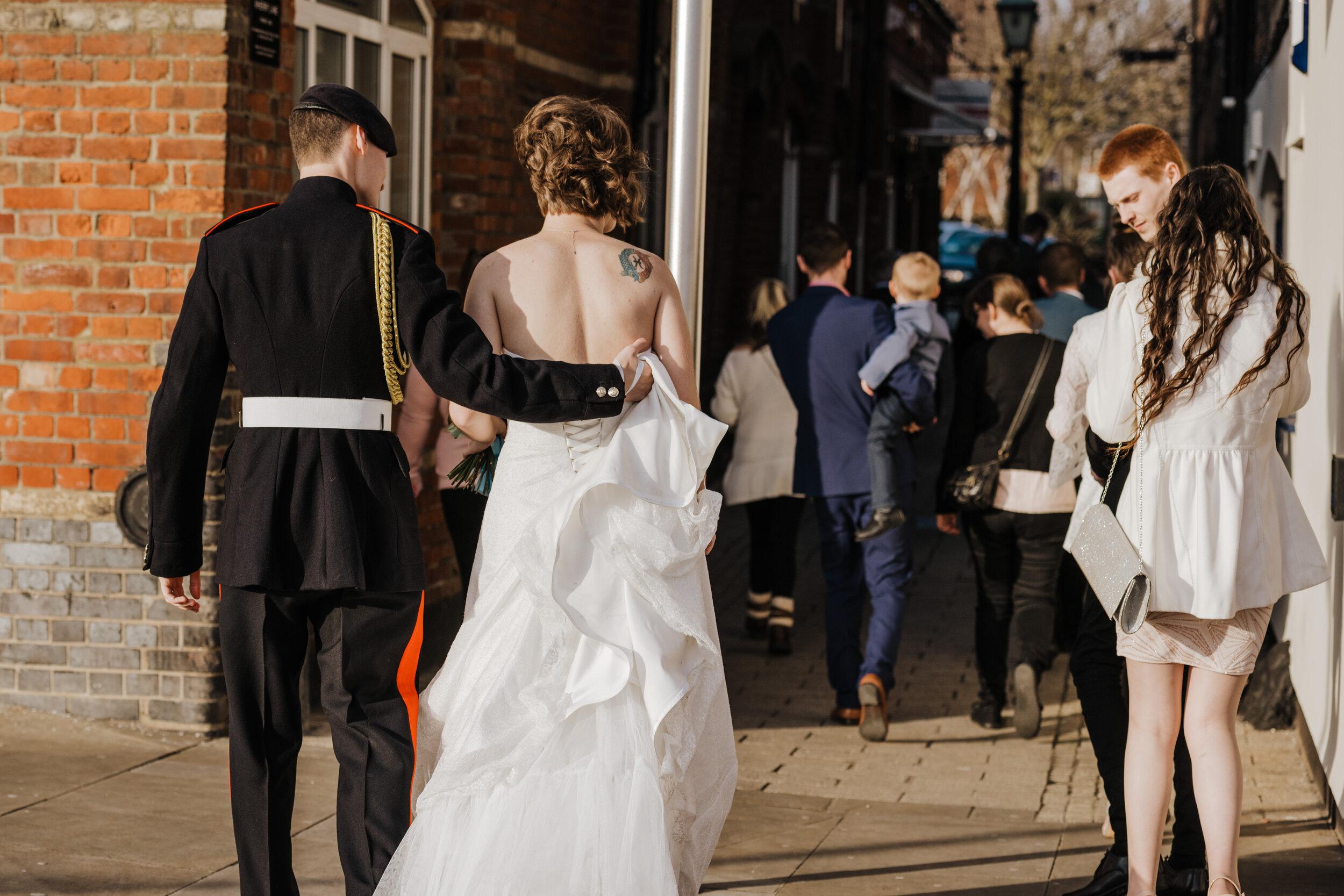 SUFFOLK_WEDDING_PHOTOGRAPHY_ISAACS_WEDDING_VENUE_WEDDINGPHOTOGRAPHERNEARME_iPSWICHWEDDINGPHOTOGRAPHER (50).jpg