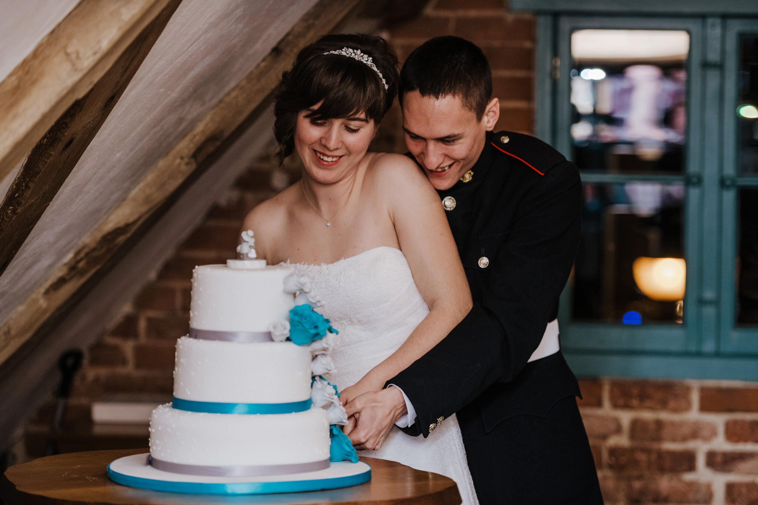 SUFFOLK_WEDDING_PHOTOGRAPHY_ISAACS_WEDDING_VENUE_WEDDINGPHOTOGRAPHERNEARME_iPSWICHWEDDINGPHOTOGRAPHER (79).jpg
