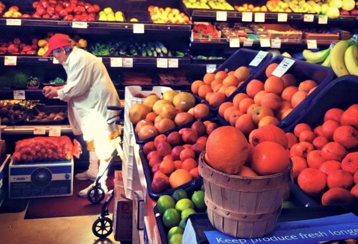 Mandela produce market.