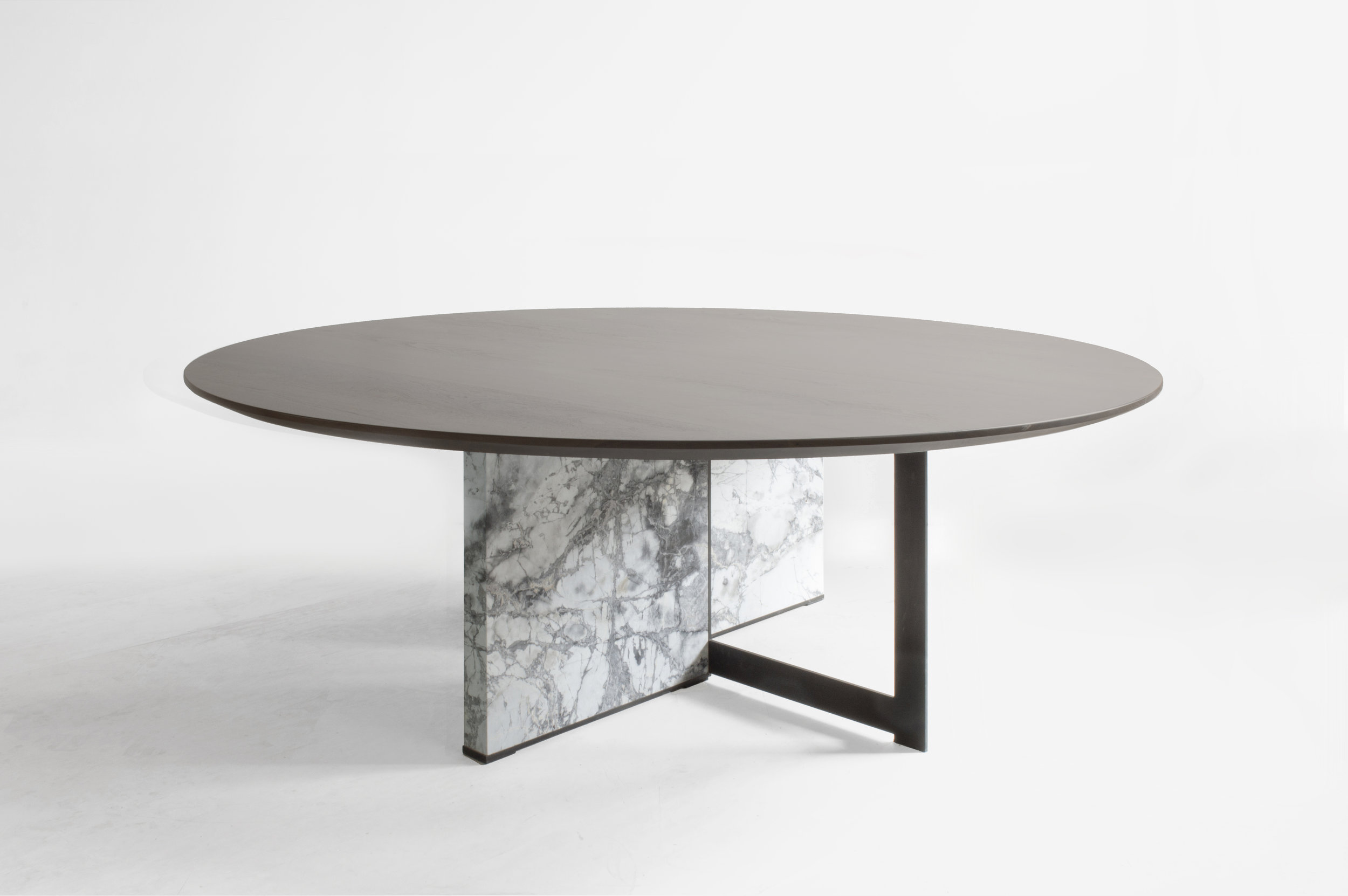 CROSSROADS DINING TABLE