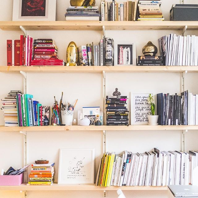 How do you like to organize and arrange your books? 📚 By title? By author? Using #ROYGBIV? 🌈 Vertically or stacked horizontally? A mix of all of the above?⠀ .⠀ The only right answer is the one that's right for YOU. No matter what you're organizing, it's always personal. What feels organized for one person might not work for another. That's why we want to know about YOUR habits, routines, and goals when we work with you!⠀ .⠀ 📸 by Vladimir Mokry⠀ #organization #organizing #homeorganizing #homeorganization #homeorganizer #organizedhome #organizeeverything #getorganized #organizinggoals #shelforganization #shelfie #bookorganization #austinorganizer #professionalorganizers