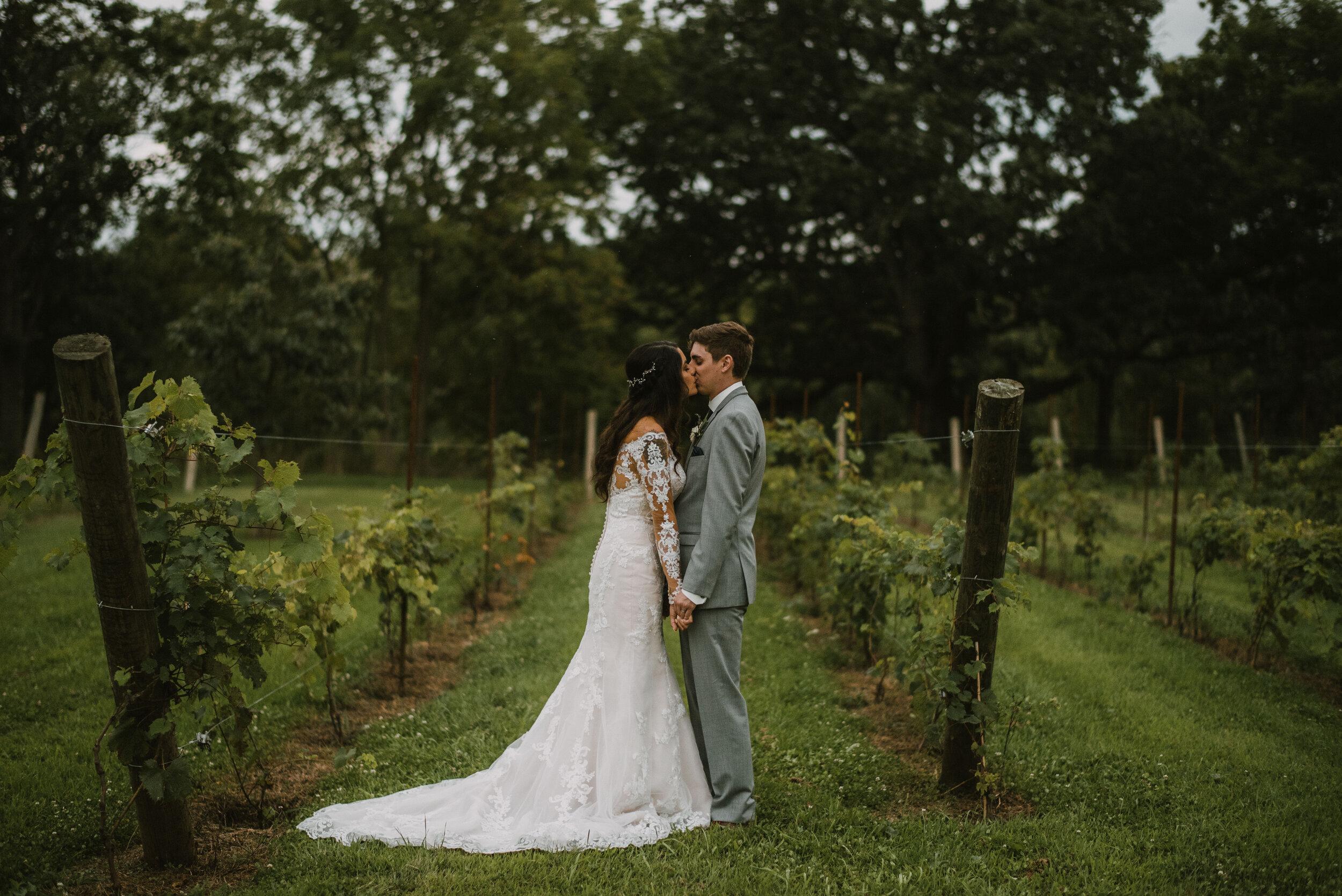 D&B-The Landing-Burlington Wedding Photographer Videographer-1108.jpg