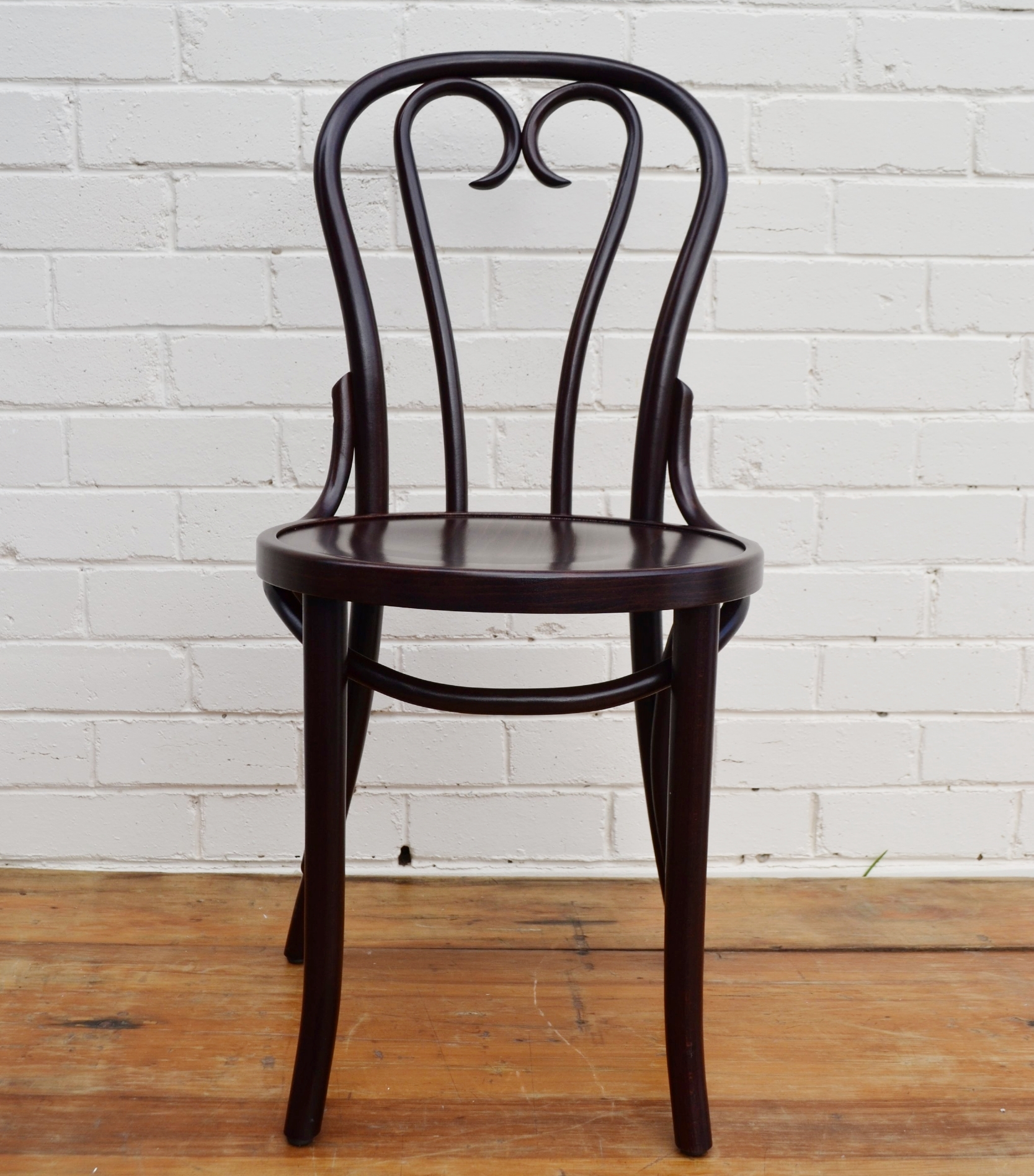 Bentwood Chair - Heart signing chairs