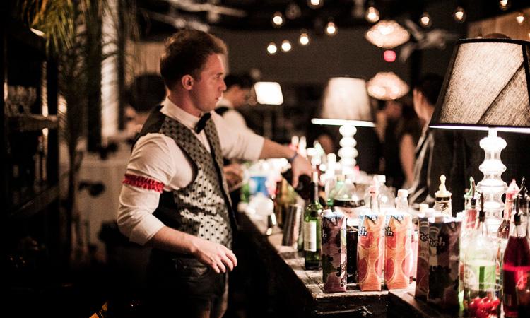 Vertigo_events_venue_banquet_hall_kitchen12000_liquor_bar_service.jpg