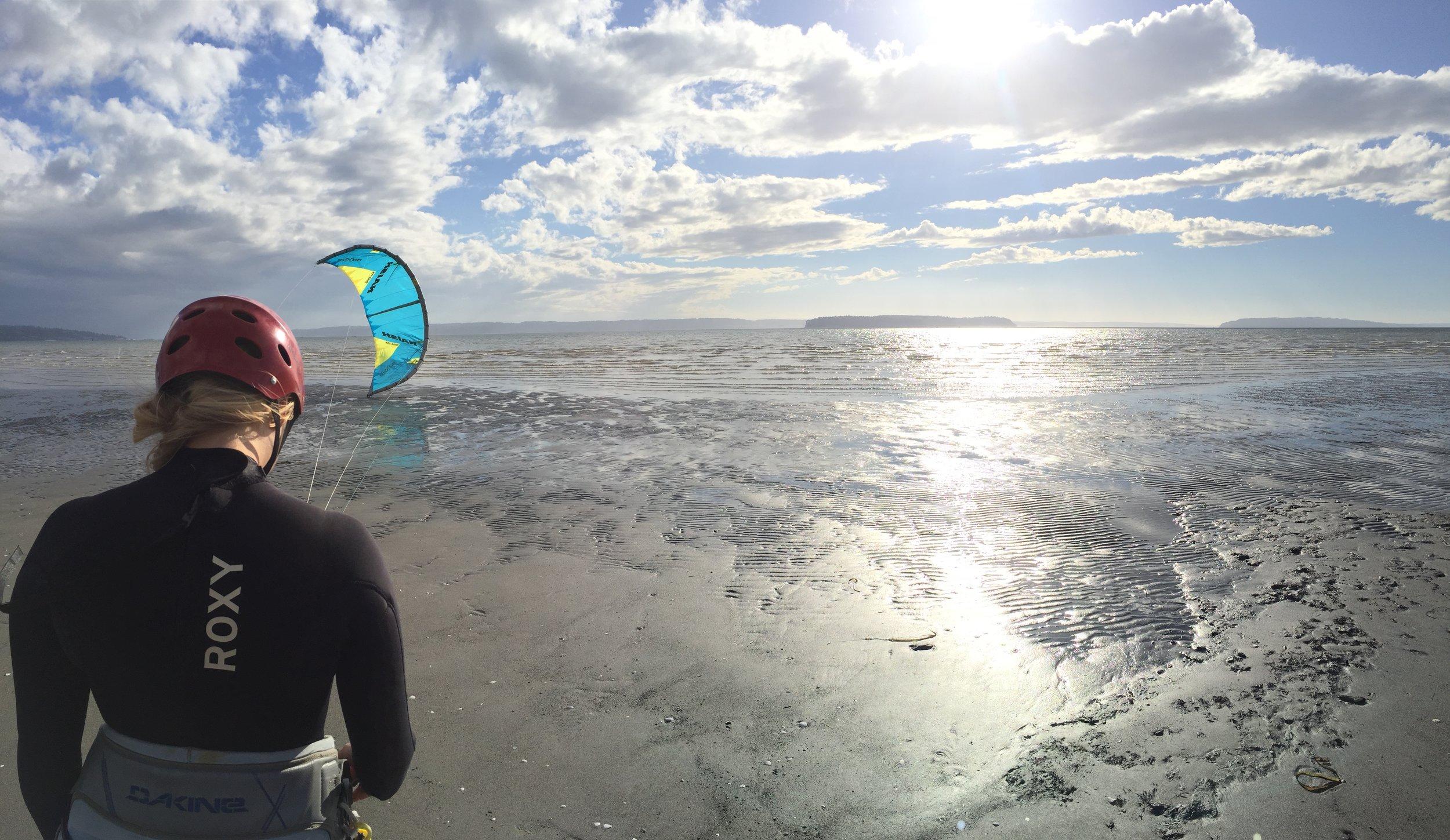 Level 1 + Level 2 Kitesurfing Lesson at Jetty Island Everett Washington