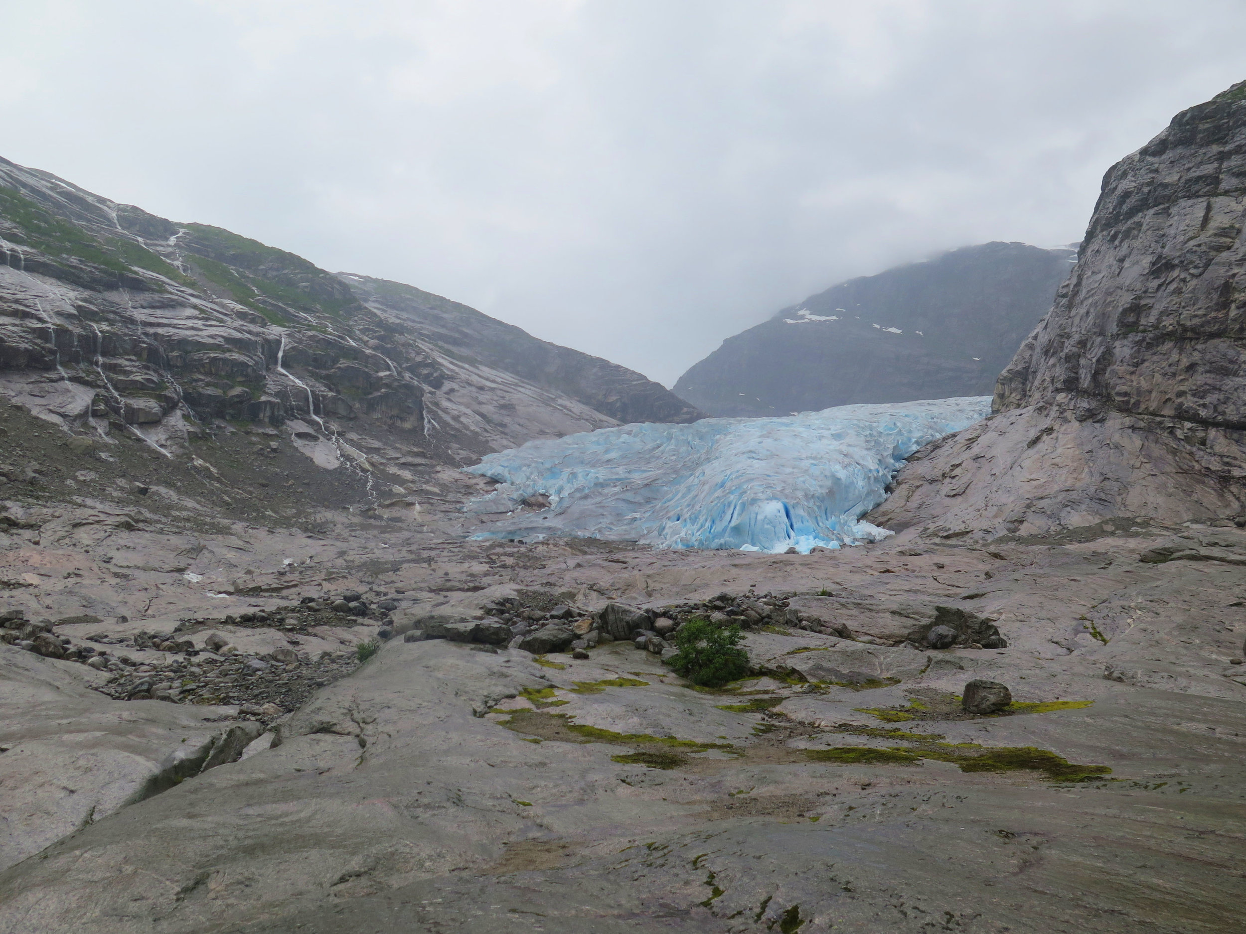 zoom to see people on the glacier. this perspective always astounds us