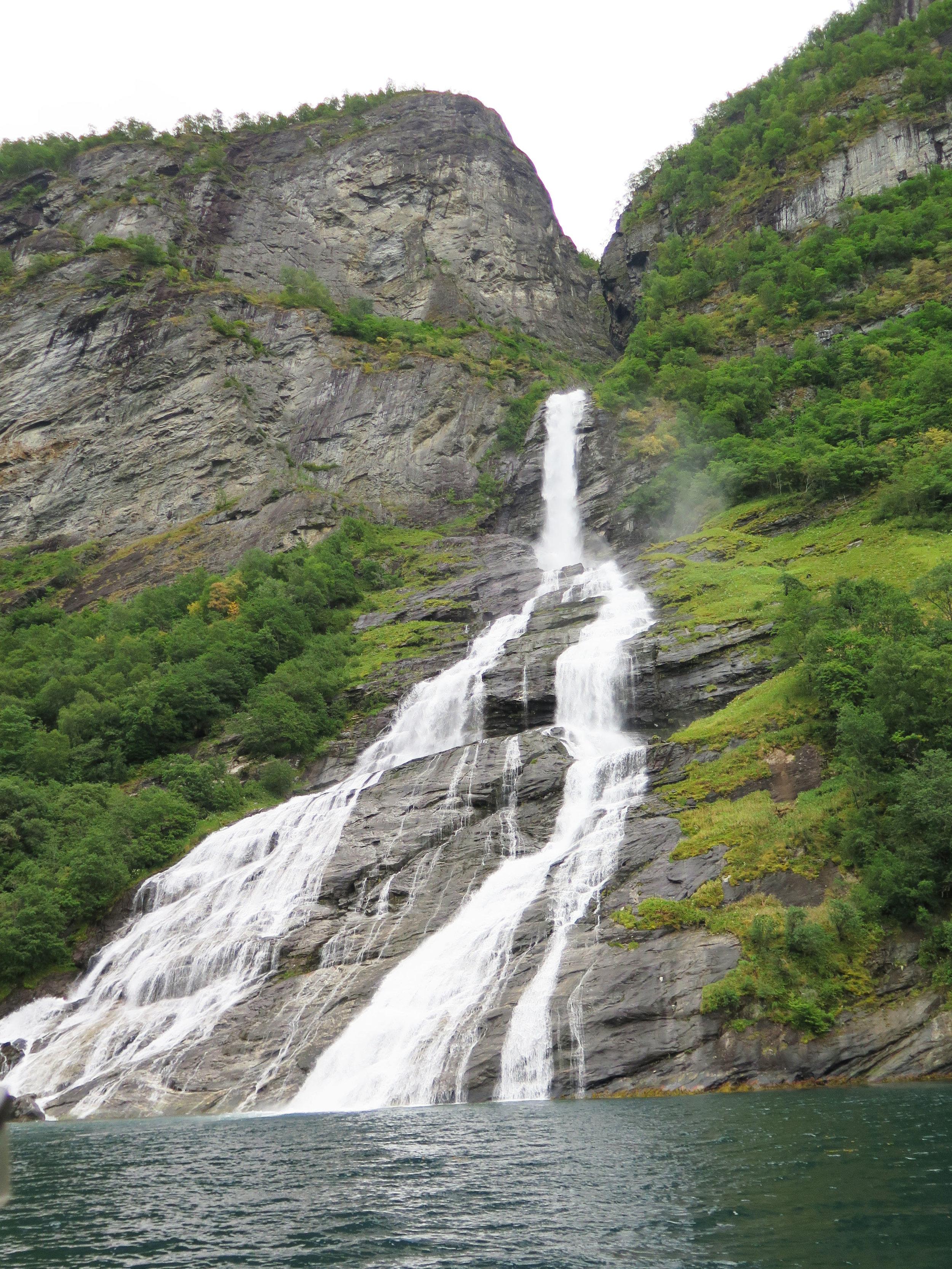 Geirnager Waterfall