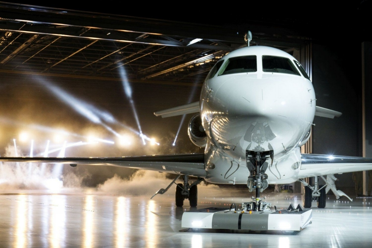 Efficiency performance flexibility and comfort are essential qualities of the Dassault Falcon
