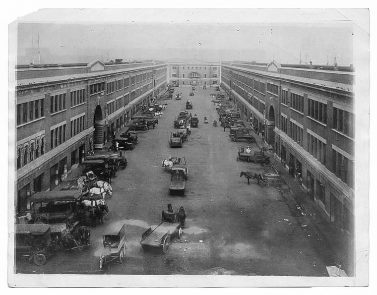 The Original Boston Fish Pier was John Nagle Co.'s home from 1914 until 1985, when they moved to their current facility at 306 Northern Avenue.