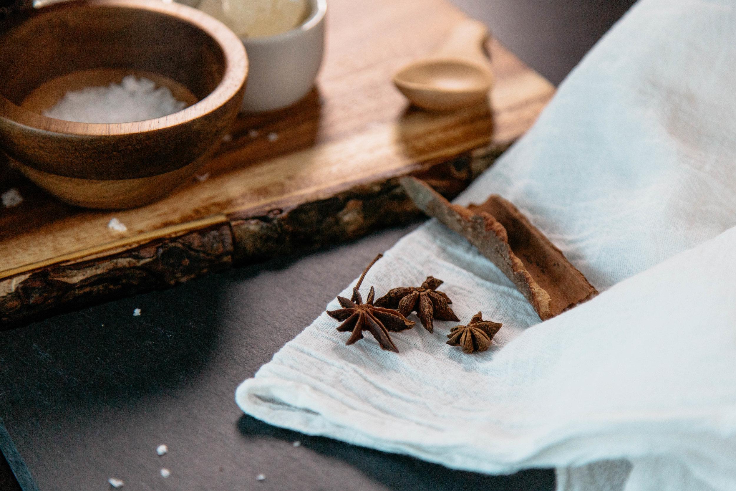 chinese-tea-eggs-anise-cinnamon.jpg