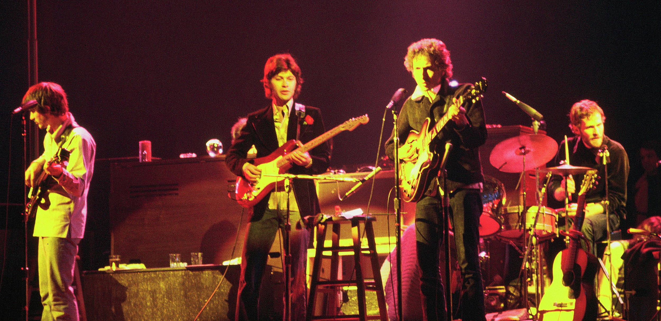 Bob_Dylan_and_The_Band_-_1974.jpg