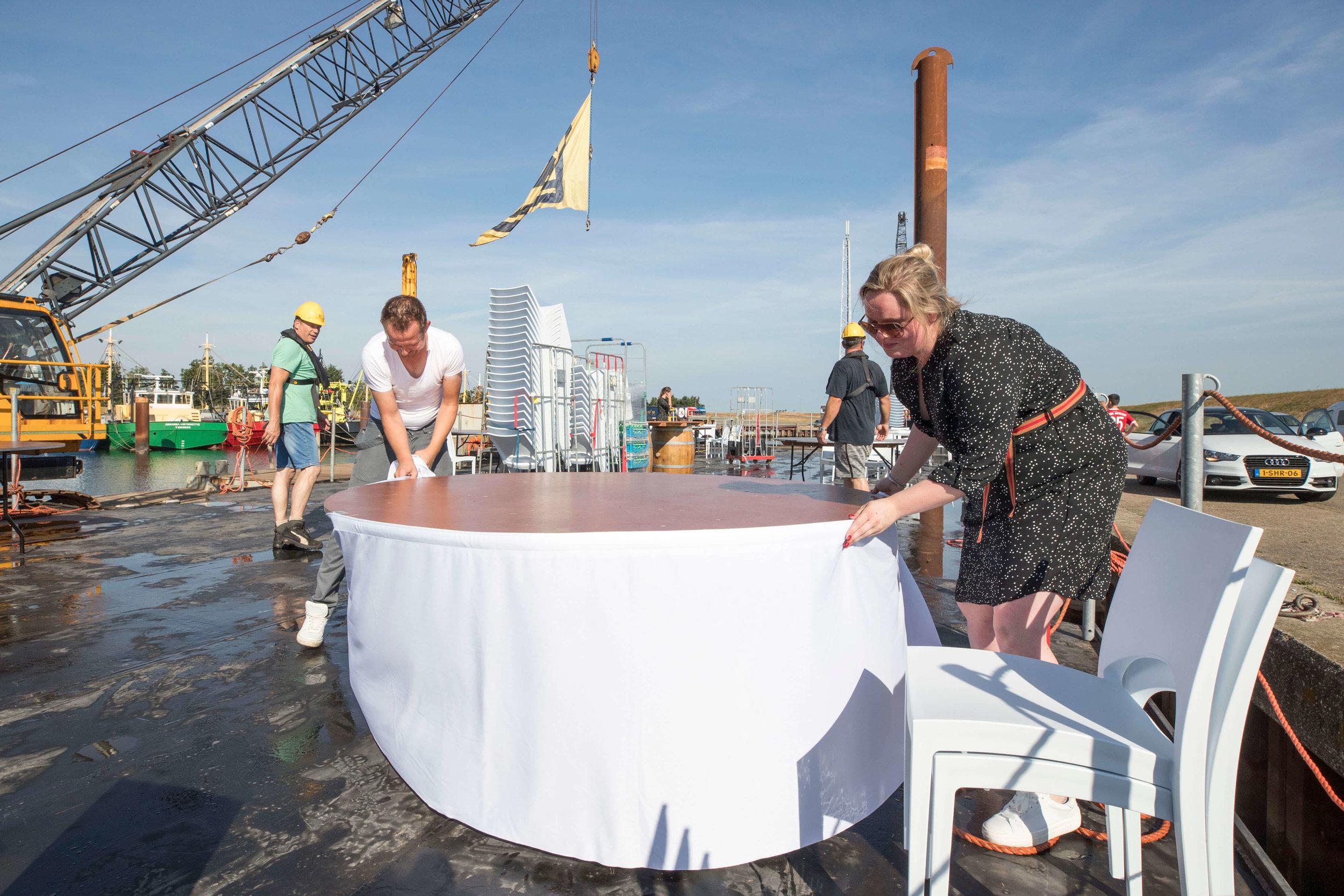 JvdH Katse Veer eten op ponton -16.jpg