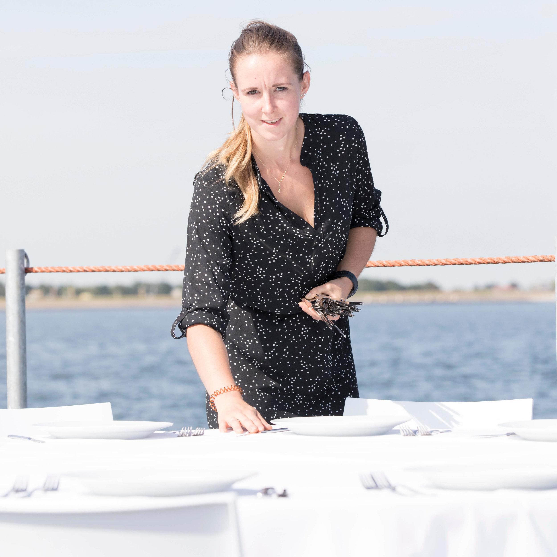 JvdH Katse Veer eten op ponton -29.jpg