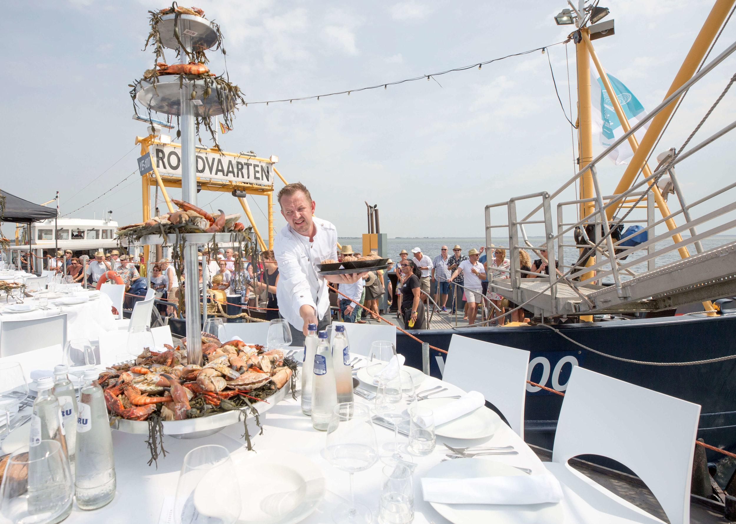 JvdH Katse Veer eten op ponton -69.jpg