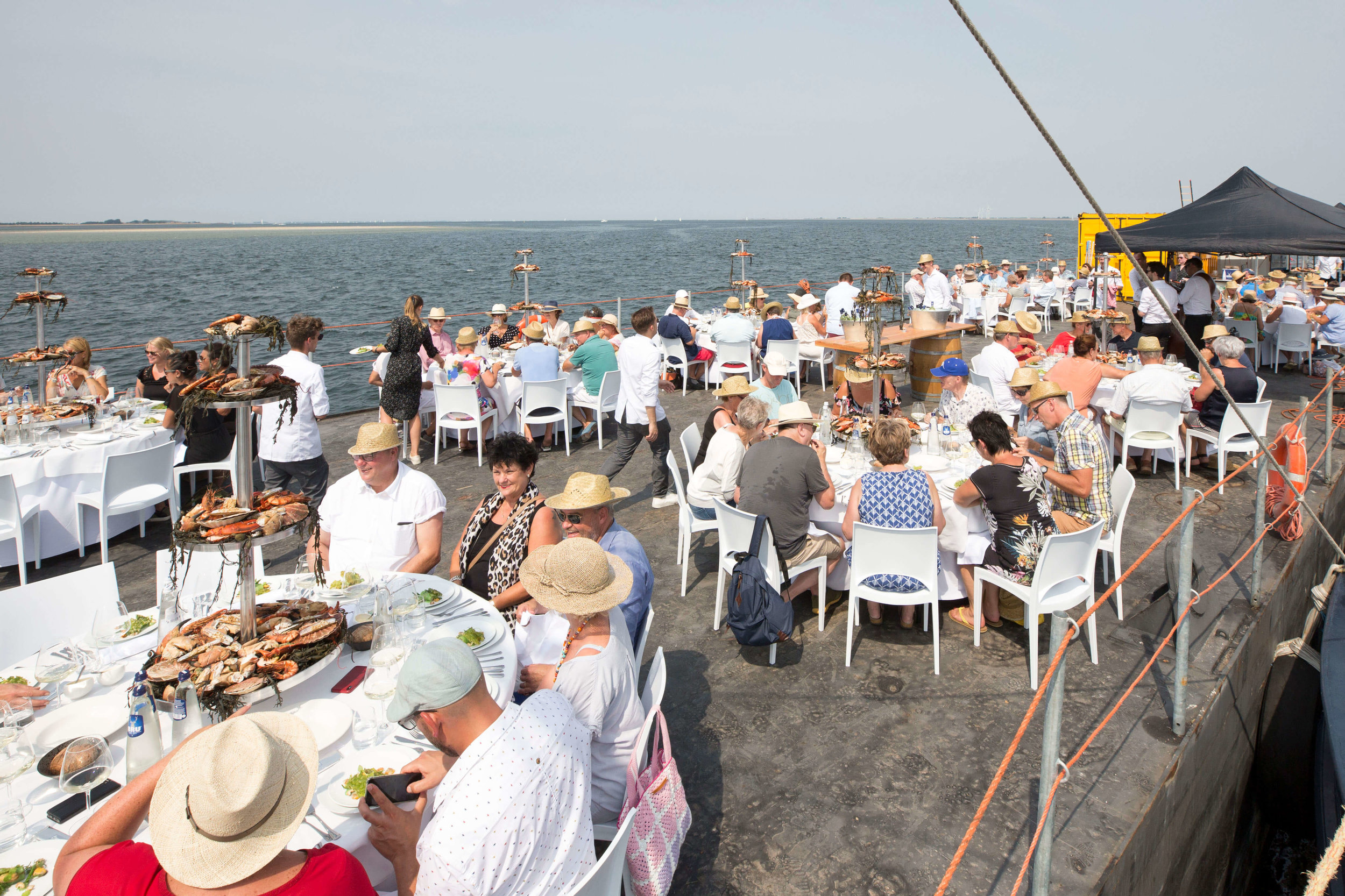 JvdH Katse Veer eten op ponton -80.jpg