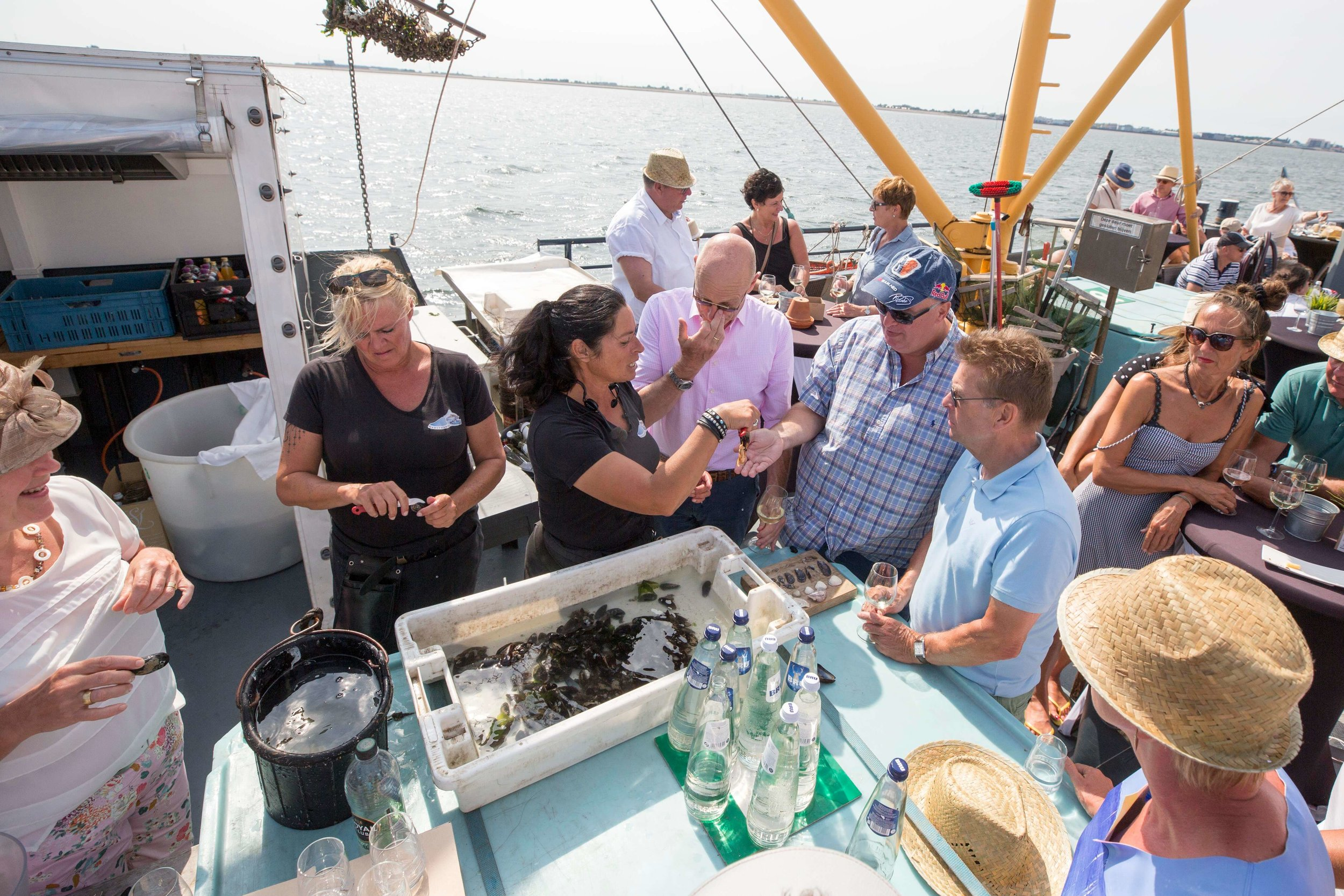 JvdH Katse Veer eten op ponton -114.jpg