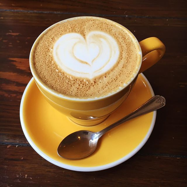 Sunday coffee ☕️ . . . #coffee #sunday #chester #cheshire #coffeeshop #beanandcole #photooftheday #instagood #instadaily #photography #photographer