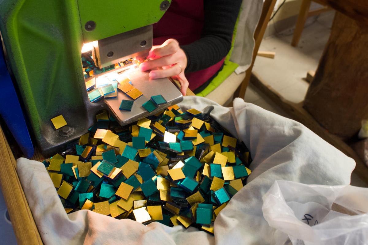 Cutting-mosaic-02.jpg
