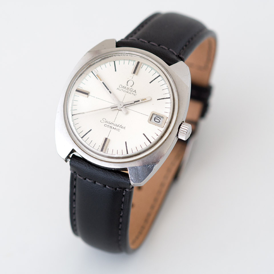 The Ω Omega Seamaster watch