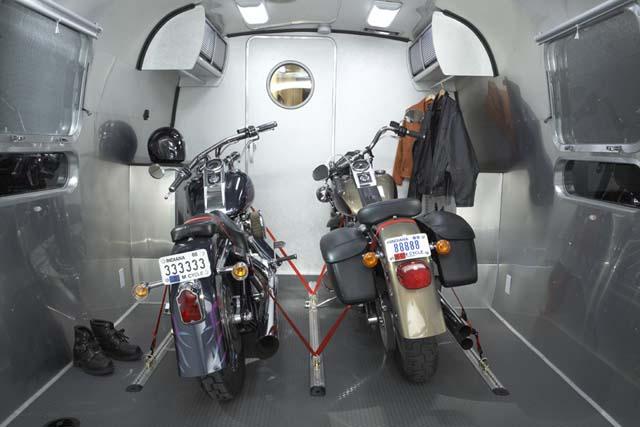 08_panamerica_cargo_motorcycle.jpg
