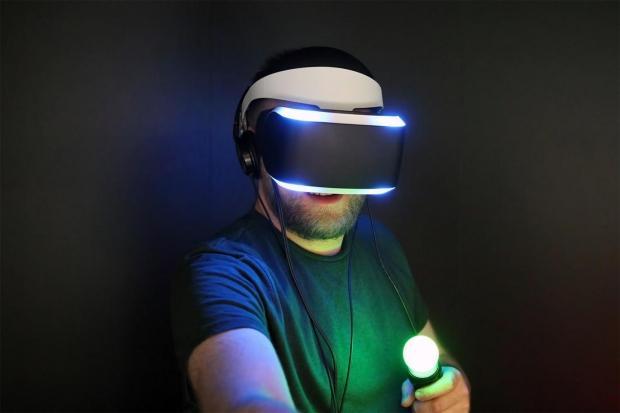 45966_01_sony-oculus-working-together-push-virtual-reality-mainstream.jpg