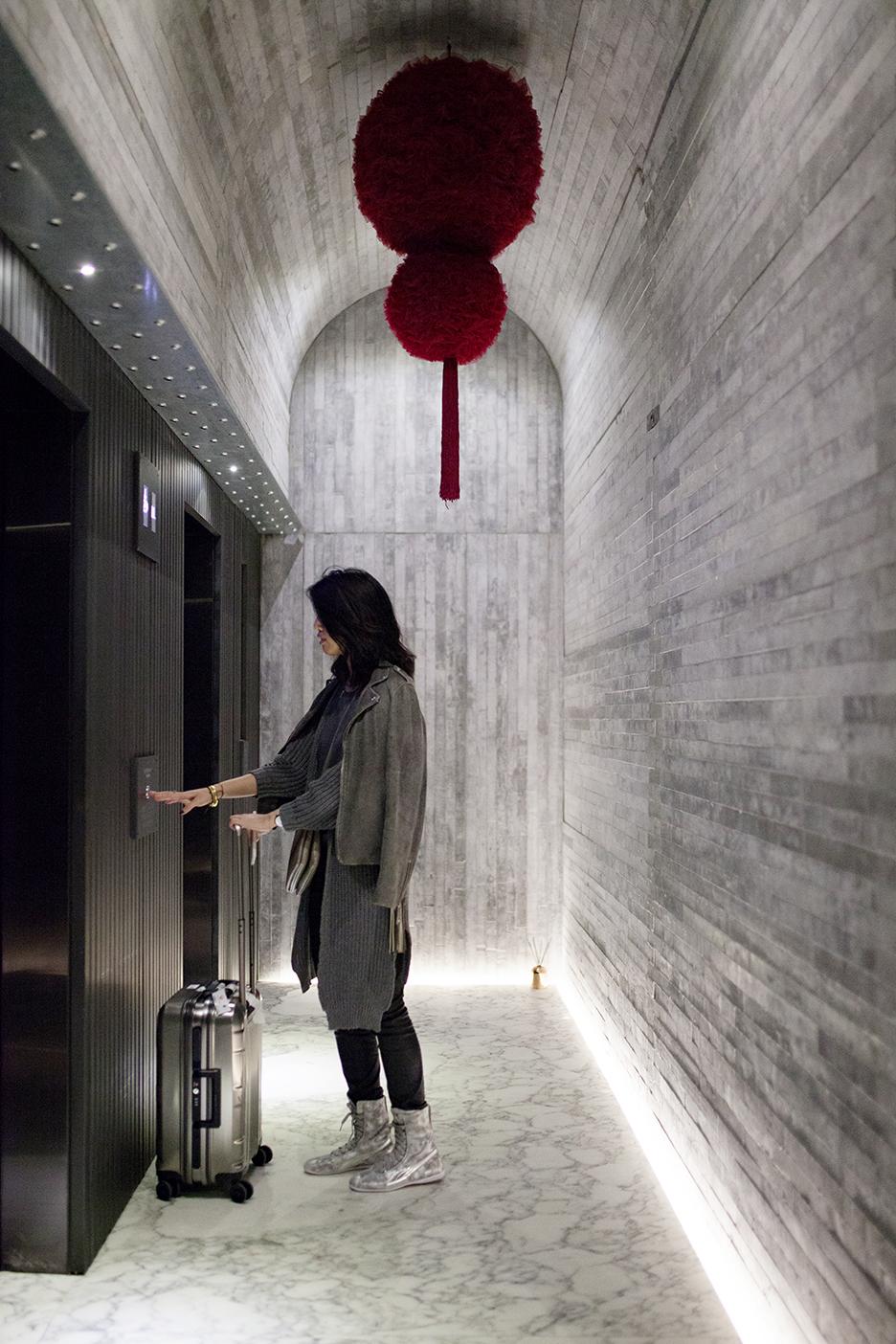 IMG_7994 tuve hotel interior.jpg